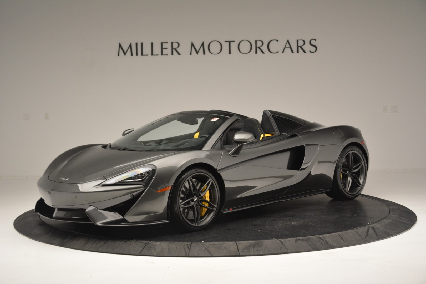 Used 2019 McLaren 570S Spider Convertible for sale $189,990 at Bugatti of Greenwich in Greenwich CT 06830 1
