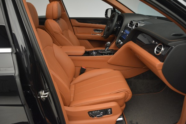 New 2019 Bentley Bentayga V8 for sale Sold at Bugatti of Greenwich in Greenwich CT 06830 25