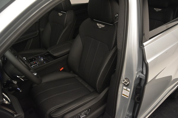 Used 2019 Bentley Bentayga V8 for sale Sold at Bugatti of Greenwich in Greenwich CT 06830 19