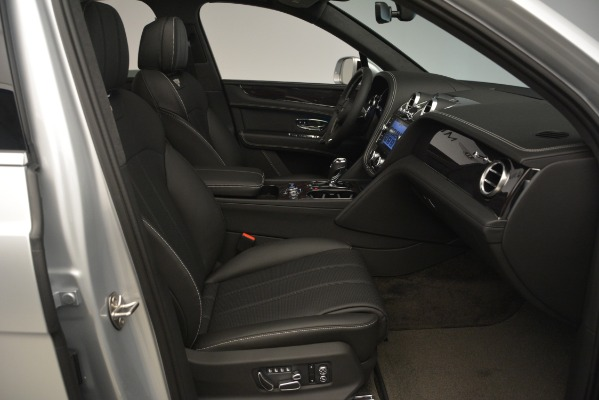 Used 2019 Bentley Bentayga V8 for sale Sold at Bugatti of Greenwich in Greenwich CT 06830 27