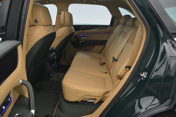 Used 2019 Bentley Bentayga V8 for sale $158,900 at Bugatti of Greenwich in Greenwich CT 06830 27