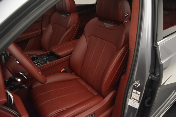 Used 2019 Bentley Bentayga V8 for sale Call for price at Bugatti of Greenwich in Greenwich CT 06830 19