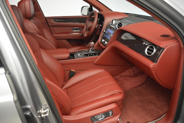 Used 2019 Bentley Bentayga V8 for sale Call for price at Bugatti of Greenwich in Greenwich CT 06830 26