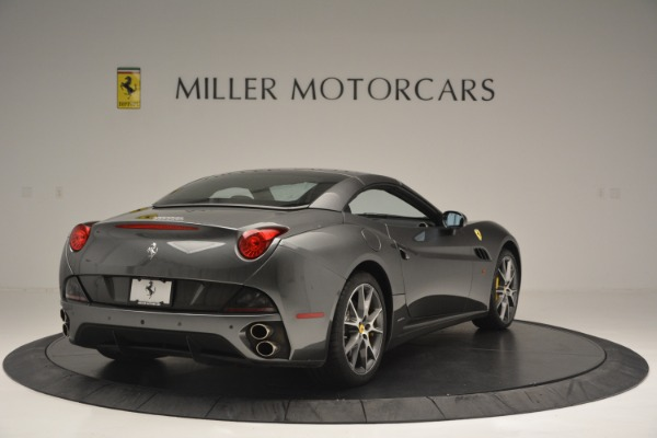 Used 2013 Ferrari California 30 for sale $110,900 at Bugatti of Greenwich in Greenwich CT 06830 19