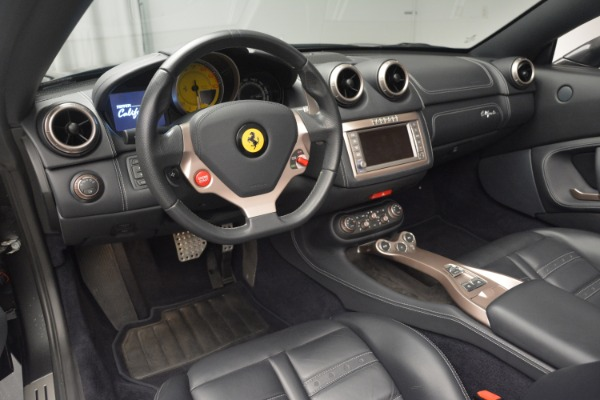 Used 2013 Ferrari California 30 for sale $110,900 at Bugatti of Greenwich in Greenwich CT 06830 25