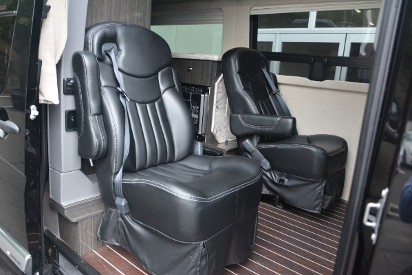 Used 2014 Mercedes-Benz Sprinter 3500 Airstream Lounge Extended for sale Sold at Bugatti of Greenwich in Greenwich CT 06830 13