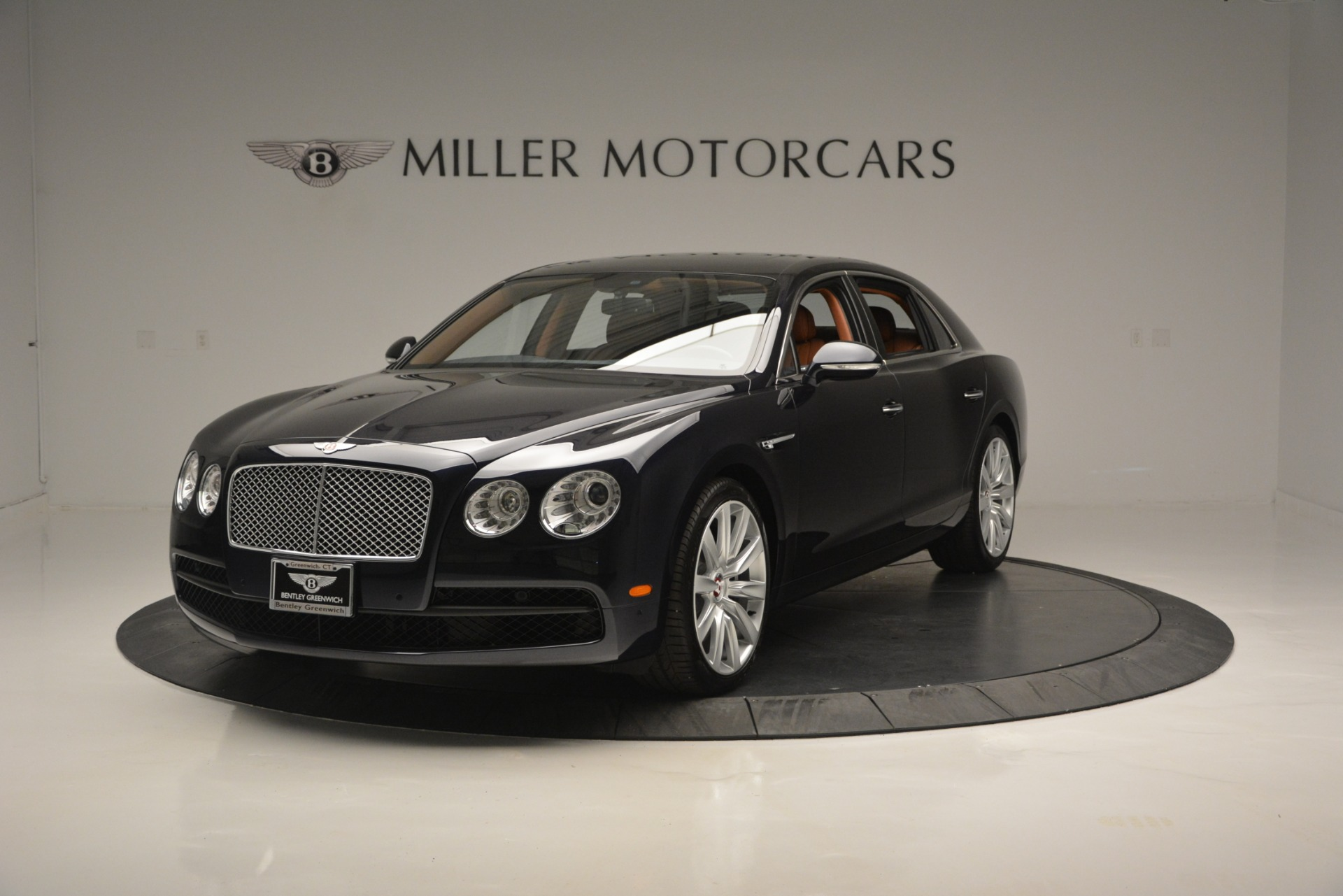 New 2018 Bentley Flying Spur V8 for sale Sold at Bugatti of Greenwich in Greenwich CT 06830 1