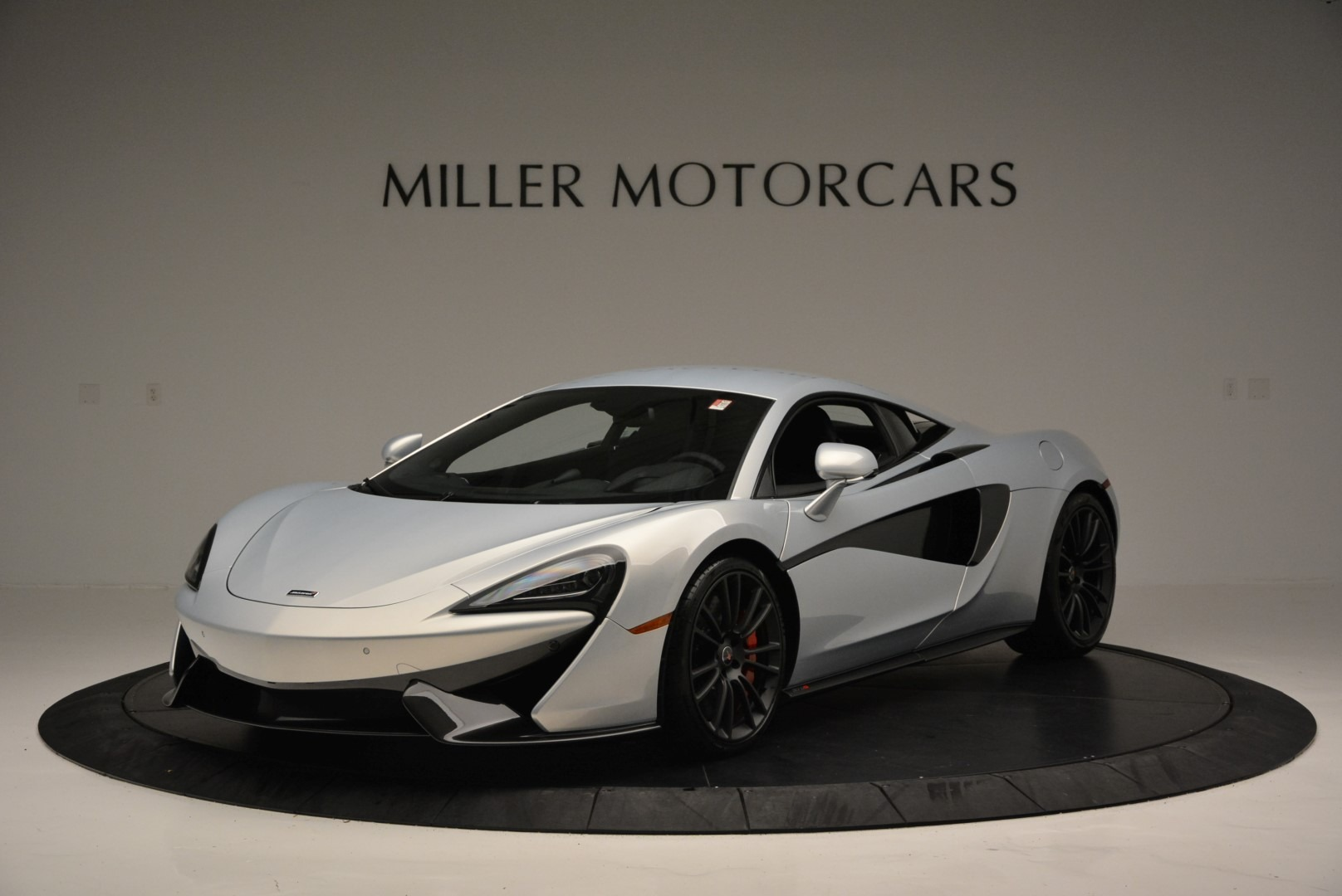 Used 2017 McLaren 570S Coupe for sale $159,900 at Bugatti of Greenwich in Greenwich CT 06830 1