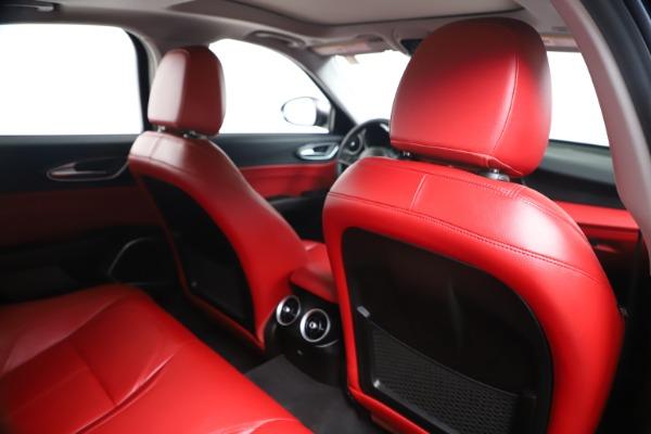 New 2019 Alfa Romeo Giulia Q4 for sale Sold at Bugatti of Greenwich in Greenwich CT 06830 27