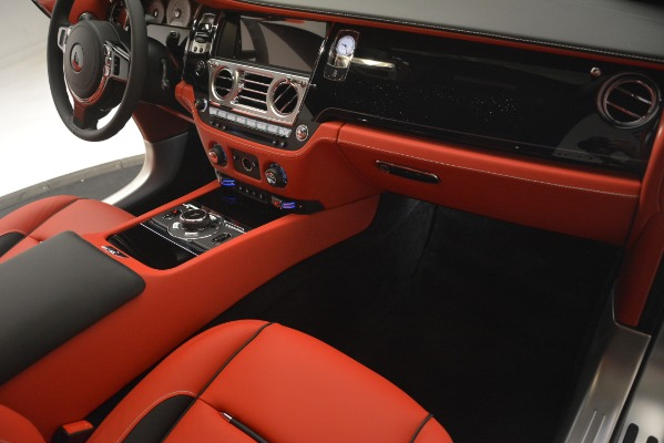 New 2019 Rolls-Royce Wraith for sale Sold at Bugatti of Greenwich in Greenwich CT 06830 26