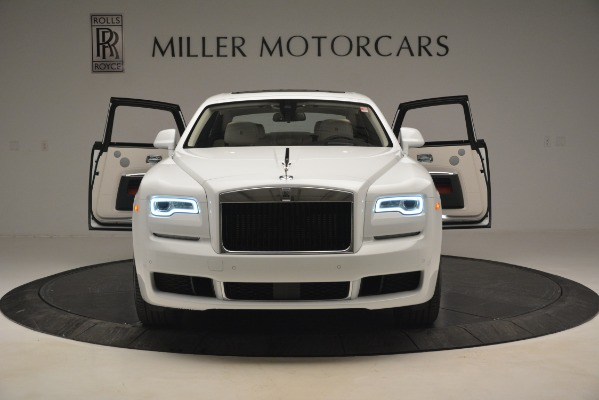 Used 2019 Rolls-Royce Ghost for sale $298,900 at Bugatti of Greenwich in Greenwich CT 06830 10