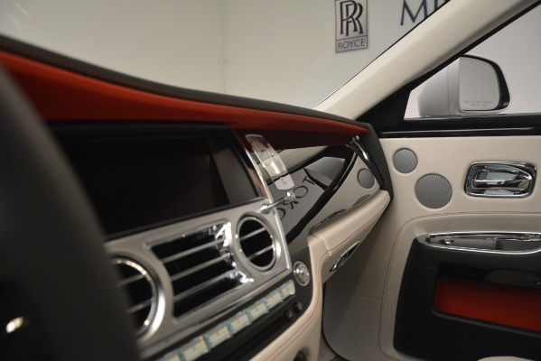 Used 2019 Rolls-Royce Ghost for sale $298,900 at Bugatti of Greenwich in Greenwich CT 06830 17