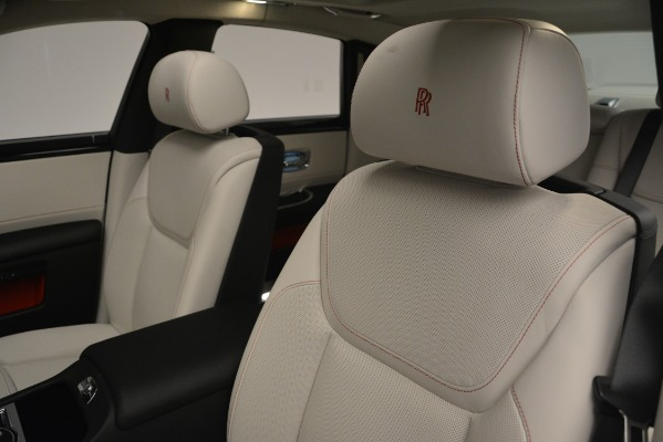 Used 2019 Rolls-Royce Ghost for sale $298,900 at Bugatti of Greenwich in Greenwich CT 06830 27