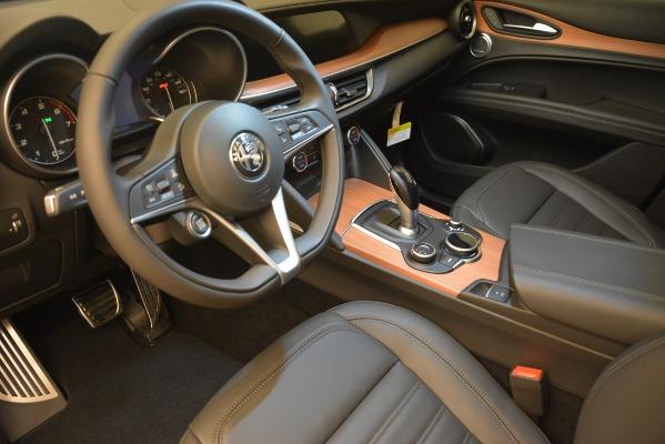 New 2018 Alfa Romeo Stelvio Ti Lusso Q4 for sale Sold at Bugatti of Greenwich in Greenwich CT 06830 13