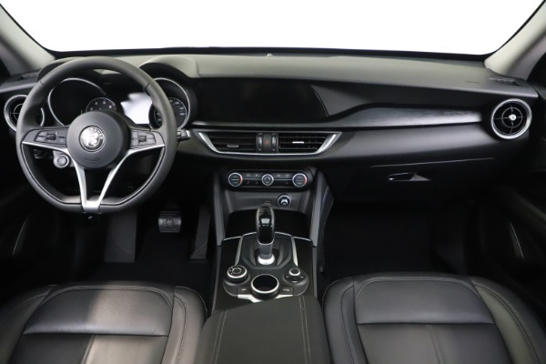 Used 2019 Alfa Romeo Stelvio Q4 for sale Sold at Bugatti of Greenwich in Greenwich CT 06830 16