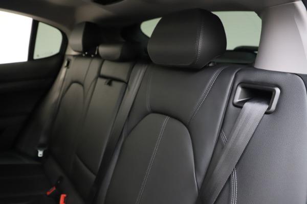 Used 2019 Alfa Romeo Stelvio Q4 for sale Sold at Bugatti of Greenwich in Greenwich CT 06830 18