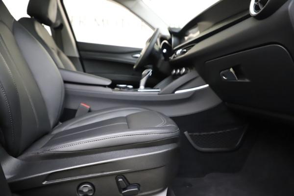 Used 2019 Alfa Romeo Stelvio Q4 for sale Sold at Bugatti of Greenwich in Greenwich CT 06830 23