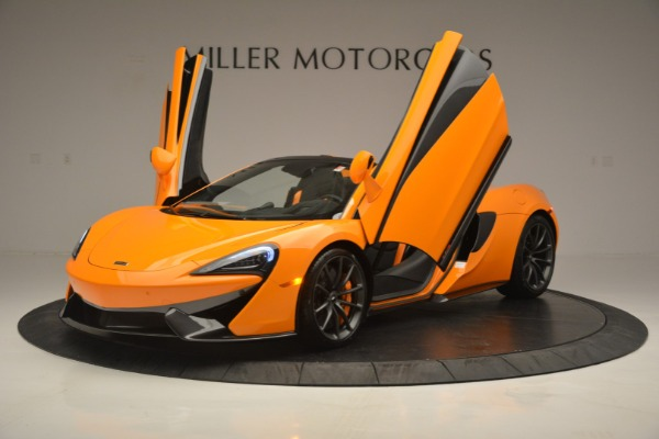 Used 2019 McLaren 570S SPIDER Convertible for sale $240,720 at Bugatti of Greenwich in Greenwich CT 06830 14