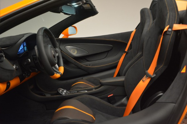 Used 2019 McLaren 570S Spider for sale Sold at Bugatti of Greenwich in Greenwich CT 06830 24