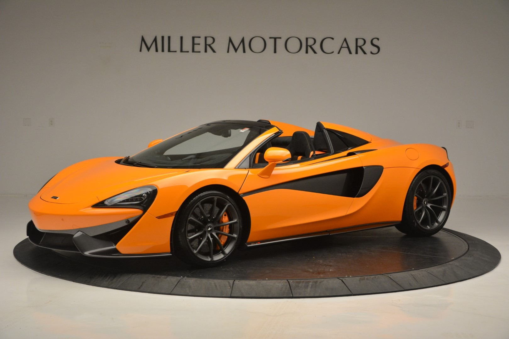 Used 2019 McLaren 570S Spider for sale Sold at Bugatti of Greenwich in Greenwich CT 06830 1