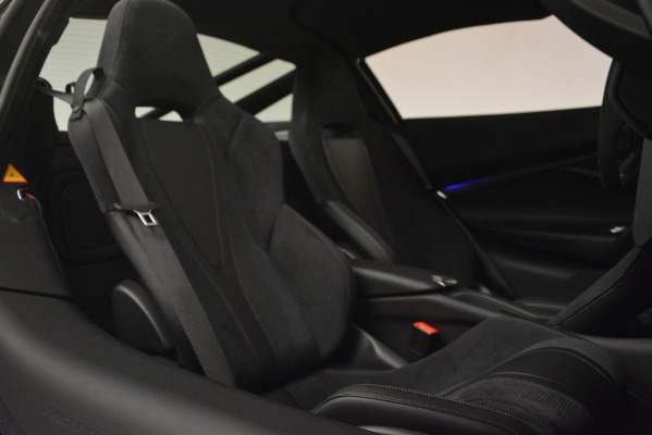 Used 2018 McLaren 720S Performance for sale Sold at Bugatti of Greenwich in Greenwich CT 06830 21