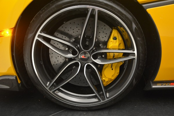Used 2017 McLaren 570S for sale Sold at Bugatti of Greenwich in Greenwich CT 06830 16
