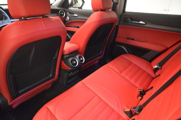 New 2019 Alfa Romeo Stelvio Ti Lusso Q4 for sale Sold at Bugatti of Greenwich in Greenwich CT 06830 18