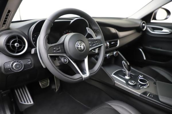 Used 2019 Alfa Romeo Giulia Sport Q4 for sale Sold at Bugatti of Greenwich in Greenwich CT 06830 13