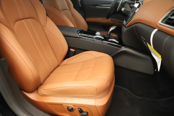 New 2019 Maserati Ghibli S Q4 GranSport for sale Sold at Bugatti of Greenwich in Greenwich CT 06830 24