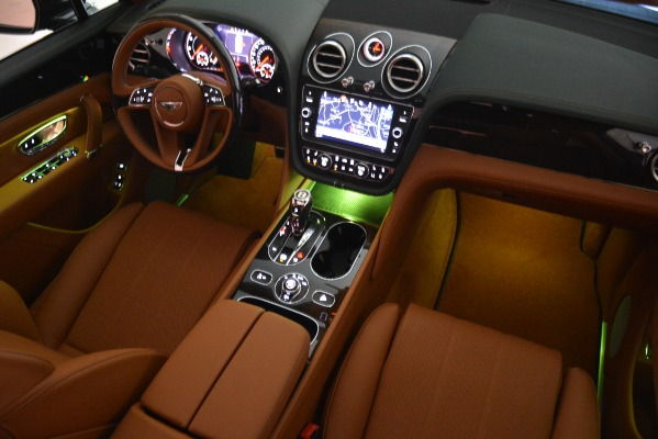New 2019 Bentley Bentayga V8 for sale Sold at Bugatti of Greenwich in Greenwich CT 06830 26