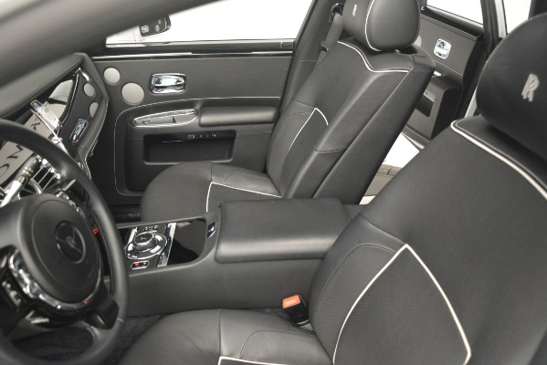 Used 2014 Rolls-Royce Ghost V-Spec for sale Sold at Bugatti of Greenwich in Greenwich CT 06830 17