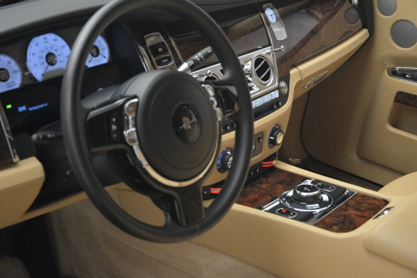Used 2014 Rolls-Royce Ghost for sale Sold at Bugatti of Greenwich in Greenwich CT 06830 14