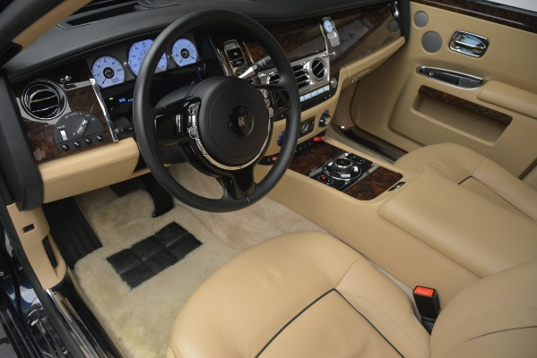 Used 2014 Rolls-Royce Ghost for sale Sold at Bugatti of Greenwich in Greenwich CT 06830 15