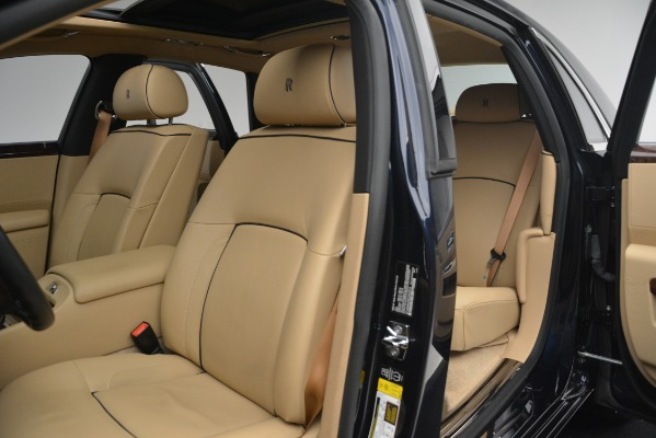 Used 2014 Rolls-Royce Ghost for sale Sold at Bugatti of Greenwich in Greenwich CT 06830 17
