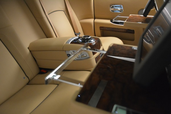 Used 2014 Rolls-Royce Ghost for sale Sold at Bugatti of Greenwich in Greenwich CT 06830 24