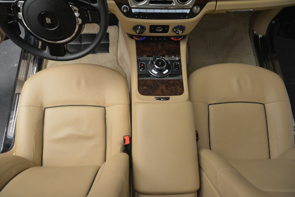 Used 2014 Rolls-Royce Ghost for sale Sold at Bugatti of Greenwich in Greenwich CT 06830 27