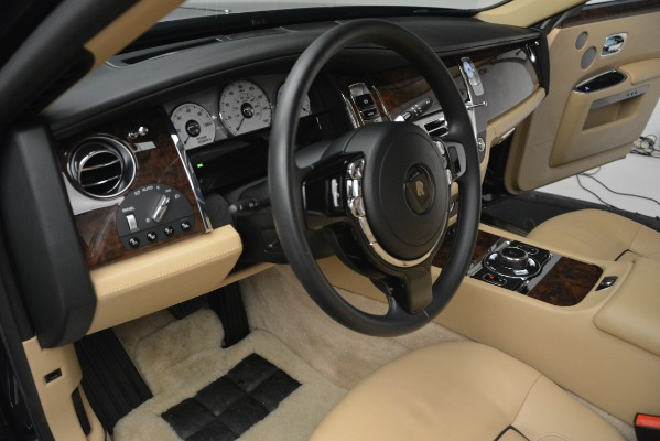 Used 2014 Rolls-Royce Ghost for sale Sold at Bugatti of Greenwich in Greenwich CT 06830 28