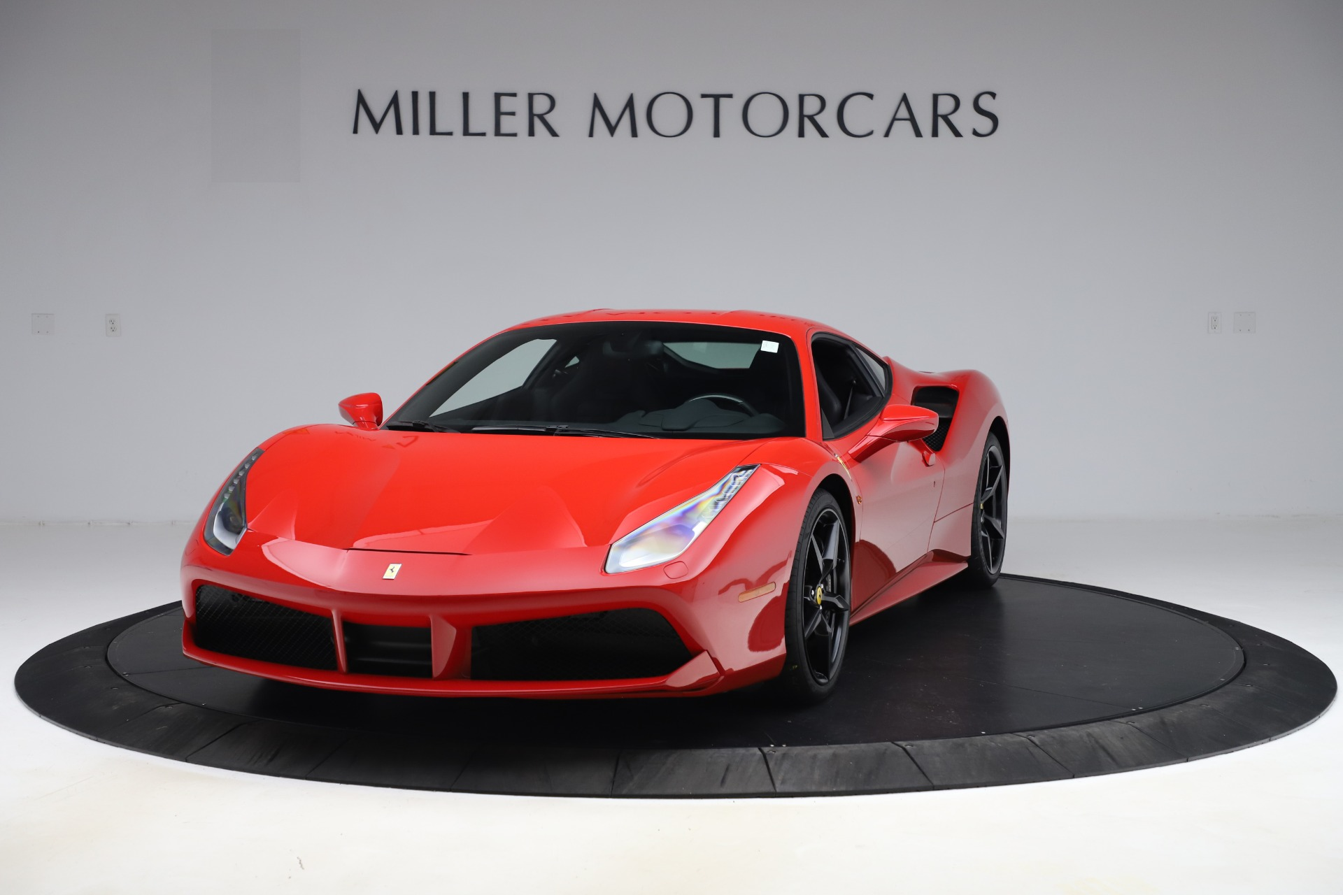 Used 2018 Ferrari 488 GTB for sale $245,900 at Bugatti of Greenwich in Greenwich CT 06830 1