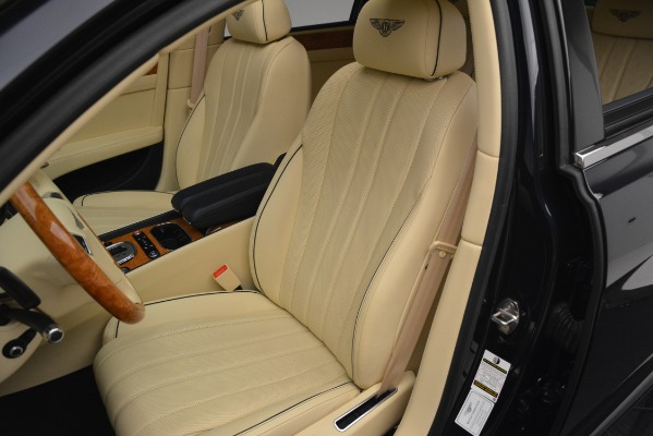 Used 2015 Bentley Flying Spur V8 for sale Sold at Bugatti of Greenwich in Greenwich CT 06830 18