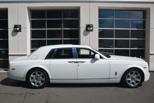 Used 2014 Rolls-Royce Phantom for sale Sold at Bugatti of Greenwich in Greenwich CT 06830 10