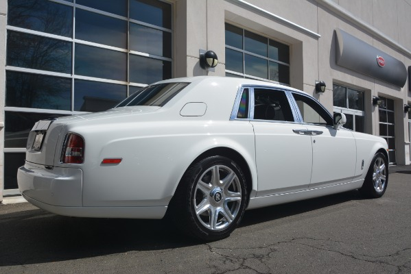 Used 2014 Rolls-Royce Phantom for sale Sold at Bugatti of Greenwich in Greenwich CT 06830 11