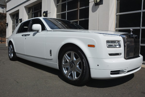 Used 2014 Rolls-Royce Phantom for sale Sold at Bugatti of Greenwich in Greenwich CT 06830 13