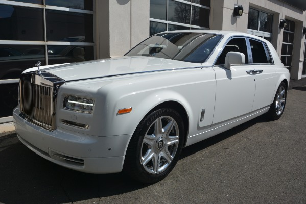 Used 2014 Rolls-Royce Phantom for sale Sold at Bugatti of Greenwich in Greenwich CT 06830 2