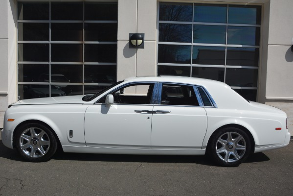 Used 2014 Rolls-Royce Phantom for sale Sold at Bugatti of Greenwich in Greenwich CT 06830 4
