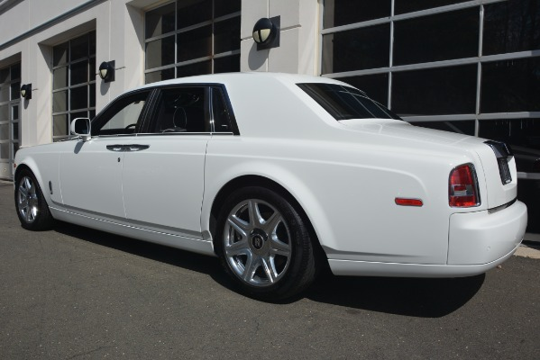 Used 2014 Rolls-Royce Phantom for sale Sold at Bugatti of Greenwich in Greenwich CT 06830 6