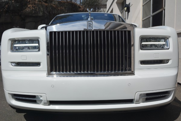 Used 2014 Rolls-Royce Phantom for sale Sold at Bugatti of Greenwich in Greenwich CT 06830 7
