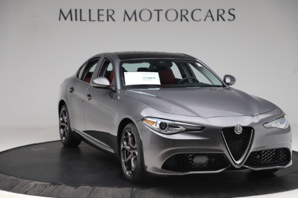 New 2019 Alfa Romeo Giulia Ti Sport Q4 for sale Sold at Bugatti of Greenwich in Greenwich CT 06830 11
