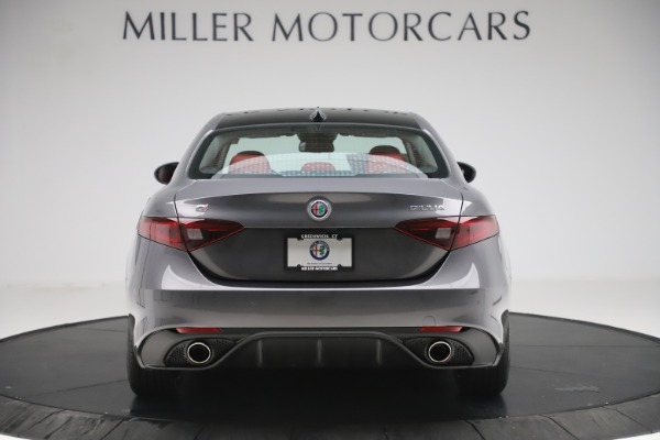 New 2019 Alfa Romeo Giulia Ti Sport Q4 for sale Sold at Bugatti of Greenwich in Greenwich CT 06830 6