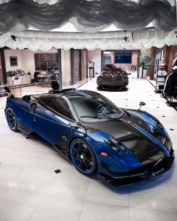 Used 2017 Pagani Huayra BC Macchina Volante for sale Call for price at Bugatti of Greenwich in Greenwich CT 06830 4