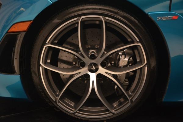 New 2019 McLaren 720S Spider for sale $399,030 at Bugatti of Greenwich in Greenwich CT 06830 22